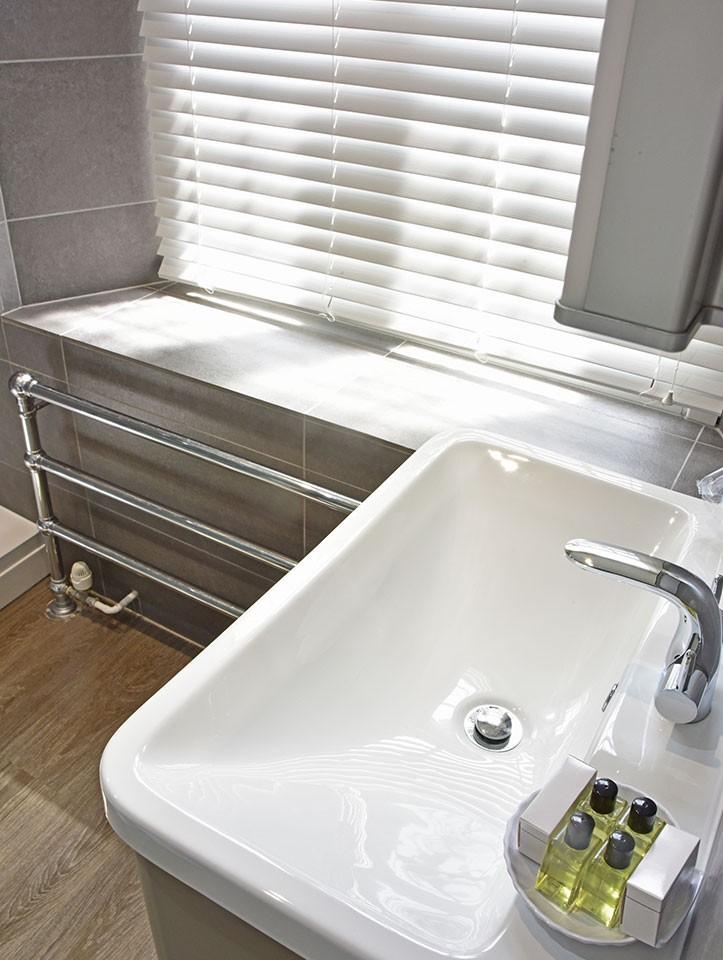bathroom-2021-1.jpg