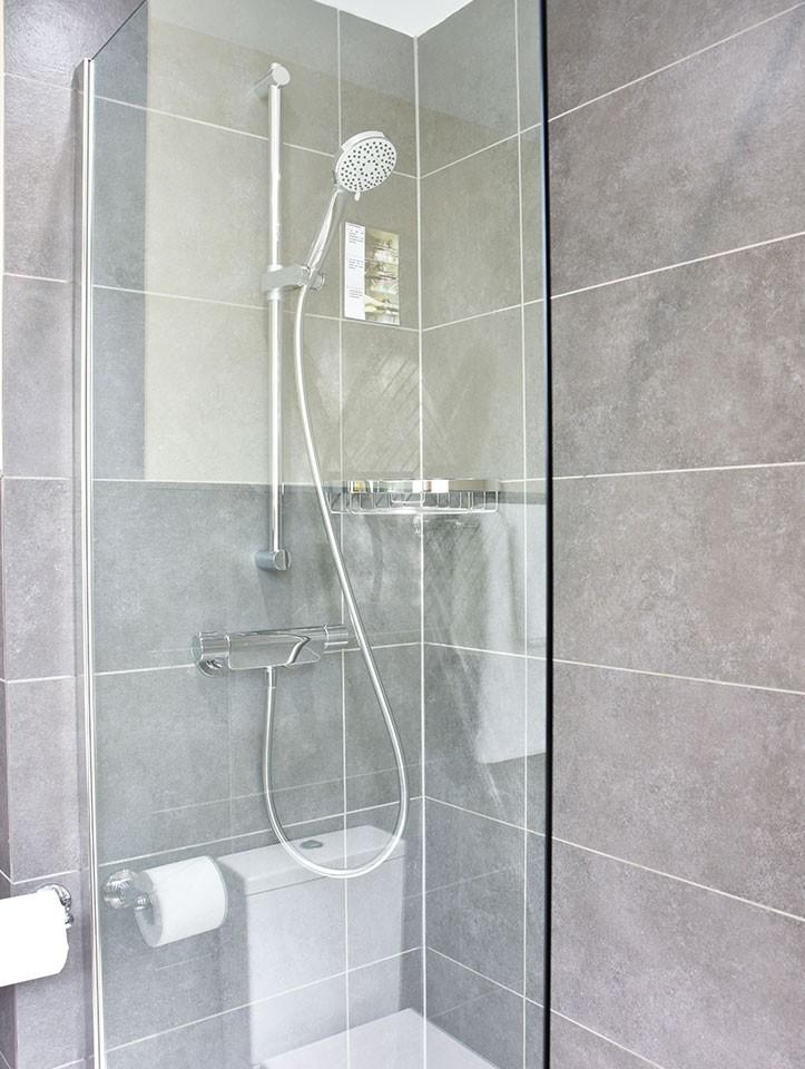 bathroom-2021-2.jpg